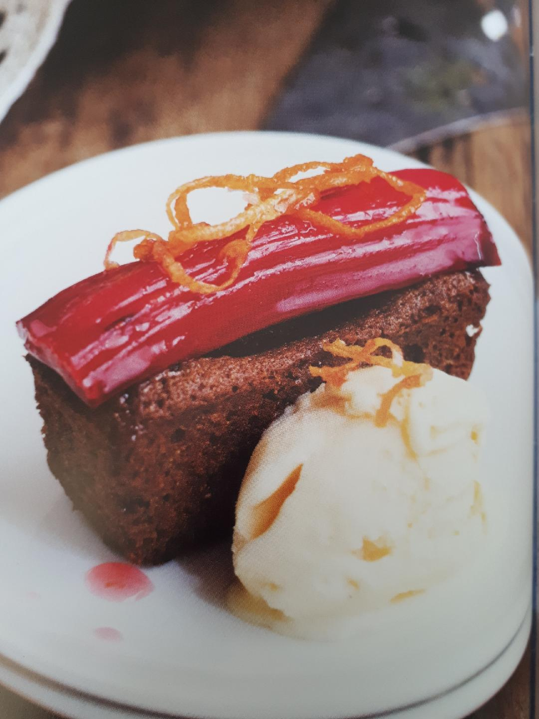 Gingerbread, Rhubarb and Honey Ice Cream